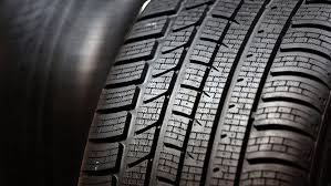 Sommerreifen, Winterreifen, Reifenwechsel, …